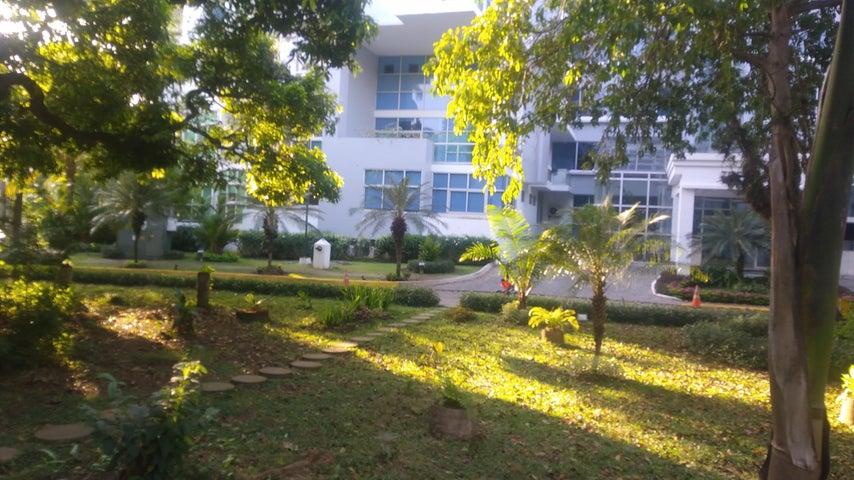 PANAMA VIP10, S.A. Apartamento en Alquiler en Amador en Panama Código: 18-327 No.2