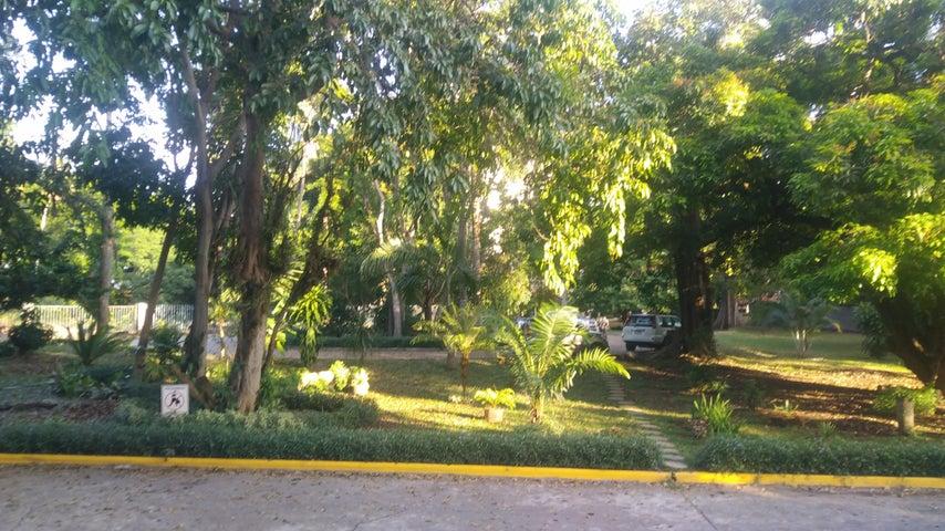 PANAMA VIP10, S.A. Apartamento en Alquiler en Amador en Panama Código: 18-327 No.3