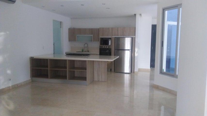 PANAMA VIP10, S.A. Apartamento en Alquiler en Amador en Panama Código: 18-327 No.7