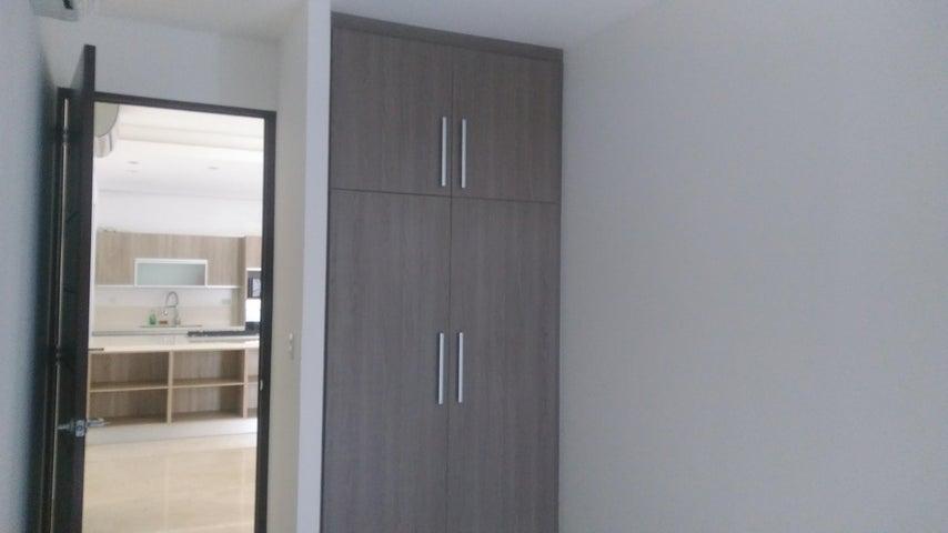 PANAMA VIP10, S.A. Apartamento en Alquiler en Amador en Panama Código: 18-327 No.9