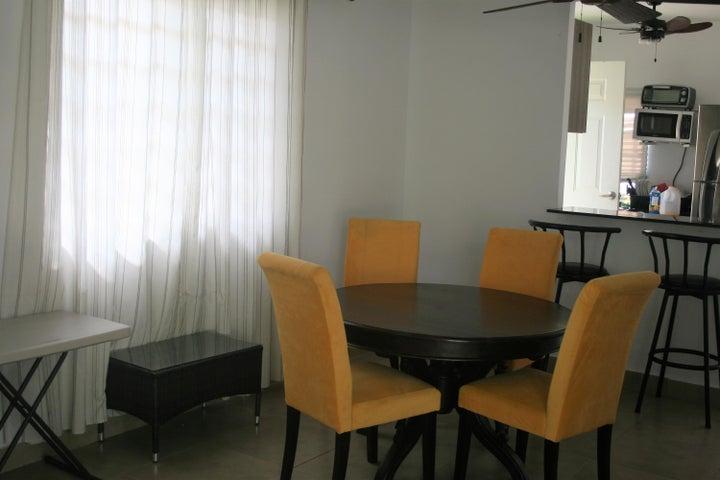 PANAMA VIP10, S.A. Apartamento en Alquiler en Coronado en Chame Código: 18-199 No.2
