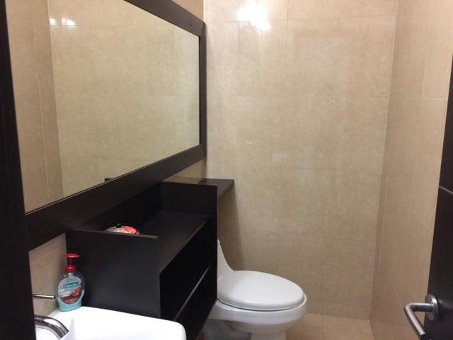 PANAMA VIP10, S.A. Apartamento en Venta en San Francisco en Panama Código: 18-249 No.1