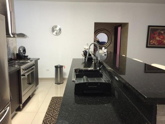 PANAMA VIP10, S.A. Apartamento en Venta en San Francisco en Panama Código: 18-249 No.2
