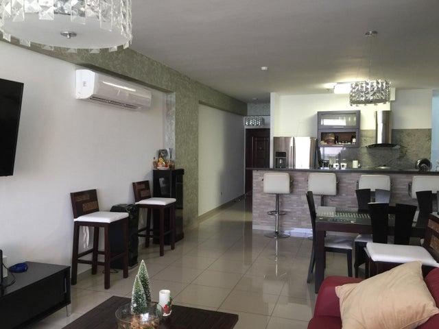 PANAMA VIP10, S.A. Apartamento en Venta en San Francisco en Panama Código: 18-249 No.8