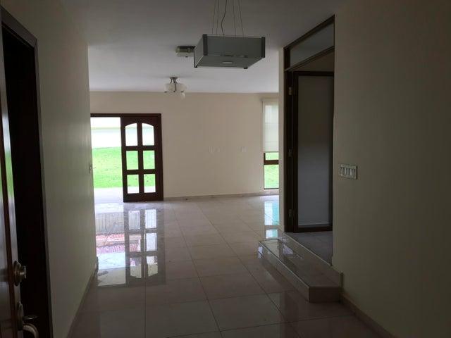 PANAMA VIP10, S.A. Casa en Alquiler en Clayton en Panama Código: 18-274 No.4