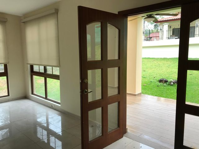PANAMA VIP10, S.A. Casa en Alquiler en Clayton en Panama Código: 18-274 No.6