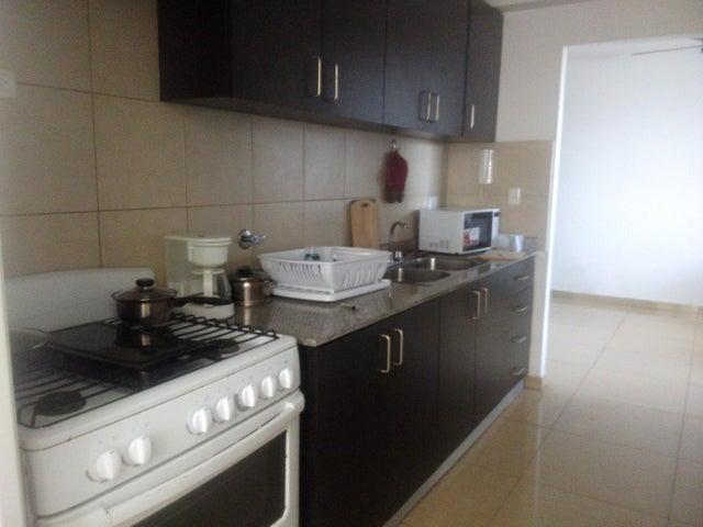 PANAMA VIP10, S.A. Apartamento en Alquiler en Ricardo J Alfaro en Panama Código: 18-329 No.2