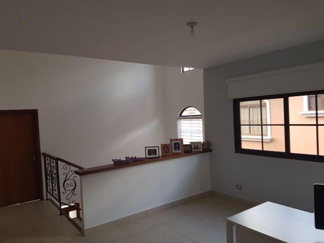 PANAMA VIP10, S.A. Casa en Venta en Costa Sur en Panama Código: 18-448 No.9