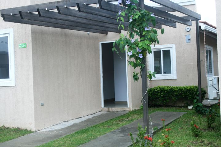 PANAMA VIP10, S.A. Apartamento en Alquiler en Coronado en Chame Código: 18-300 No.0