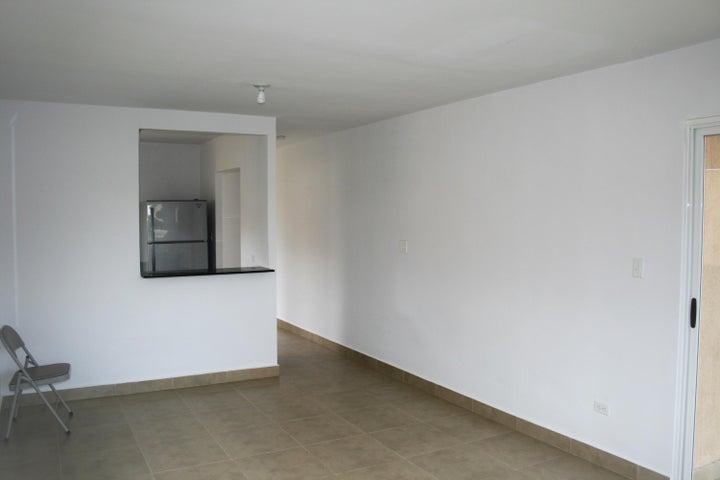PANAMA VIP10, S.A. Apartamento en Alquiler en Coronado en Chame Código: 18-300 No.3