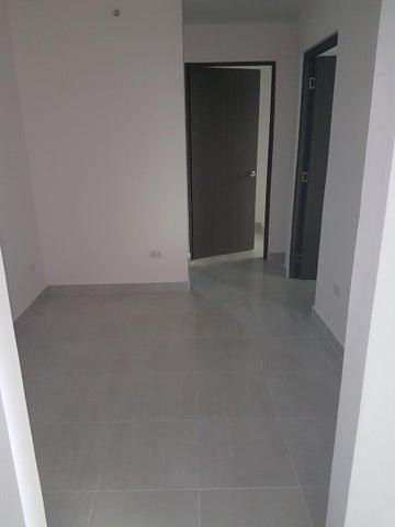 PANAMA VIP10, S.A. Apartamento en Venta en Via Espana en Panama Código: 18-513 No.2