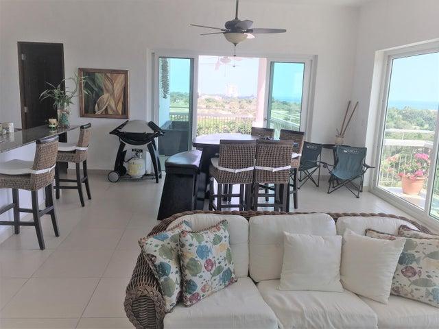 PANAMA VIP10, S.A. Apartamento en Venta en Coronado en Chame Código: 18-593 No.1