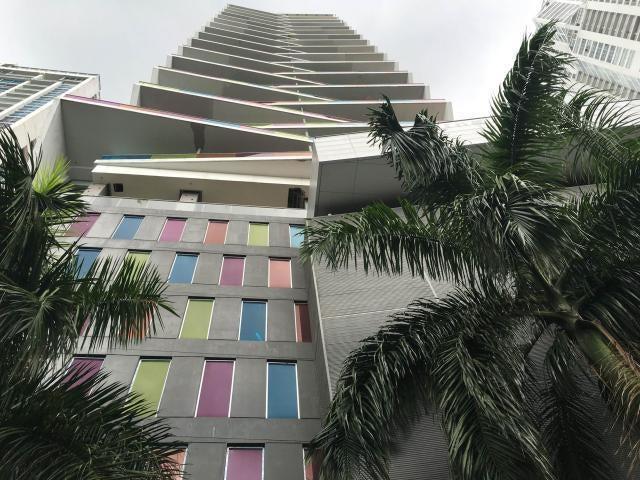 Apartamento / Alquiler / Panama / Avenida Balboa / FLEXMLS-18-634