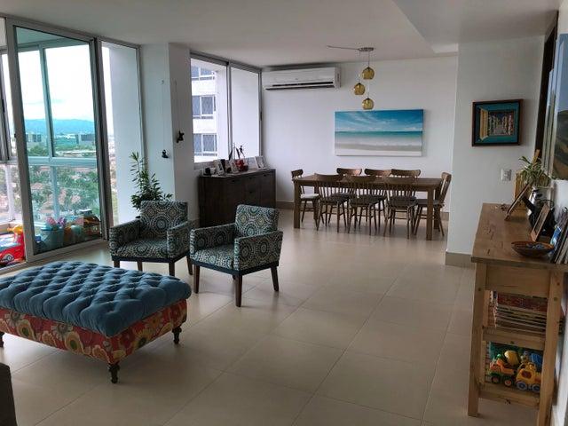 Apartamento / Venta / Panama / Costa del Este / FLEXMLS-18-156