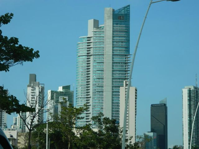 Apartamento / Alquiler / Panama / Avenida Balboa / FLEXMLS-18-690