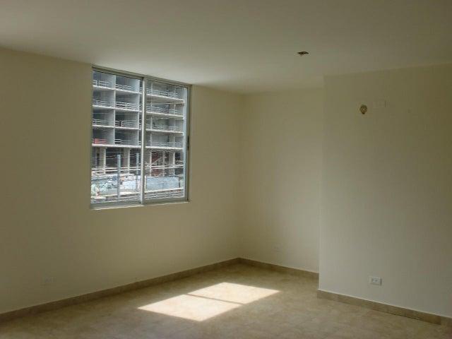 PANAMA VIP10, S.A. Apartamento en Venta en Transistmica en Panama Código: 18-703 No.8