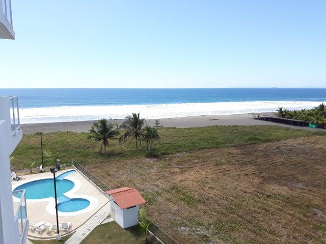 PANAMA VIP10, S.A. Apartamento en Venta en Remedio en Remedios Código: 18-708 No.3