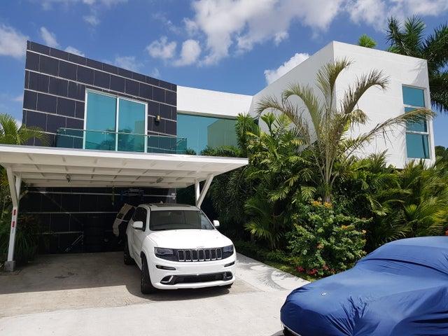 Casa / Venta / Panama / Costa Sur / FLEXMLS-18-809