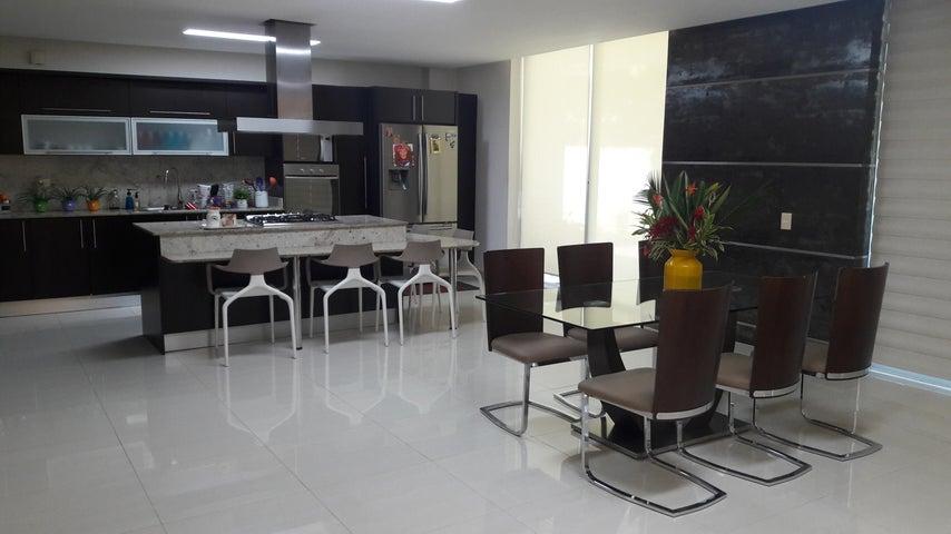 PANAMA VIP10, S.A. Casa en Venta en Costa Sur en Panama Código: 18-867 No.2