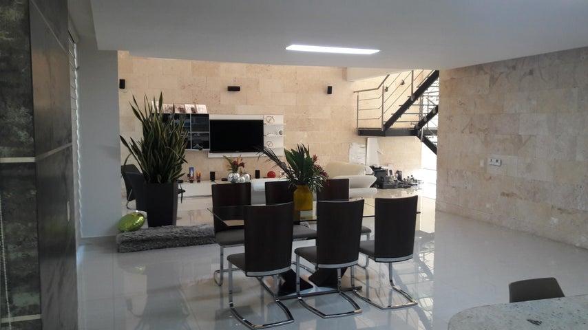 PANAMA VIP10, S.A. Casa en Venta en Costa Sur en Panama Código: 18-867 No.3