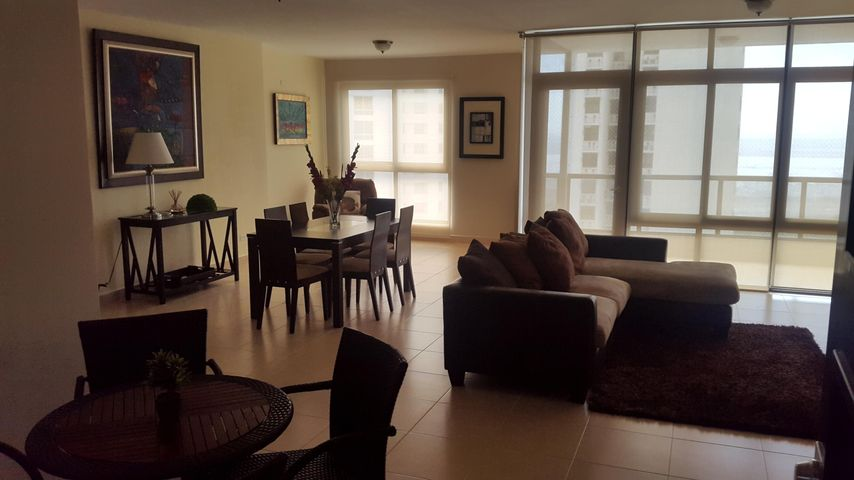PANAMA VIP10, S.A. Apartamento en Venta en Costa del Este en Panama Código: 18-879 No.3