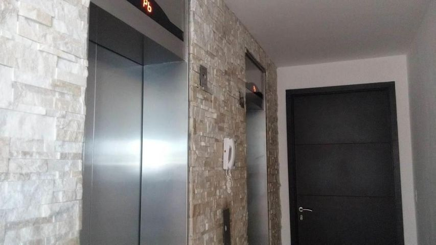 PANAMA VIP10, S.A. Apartamento en Venta en Playa Blanca en Rio Hato Código: 18-883 No.1