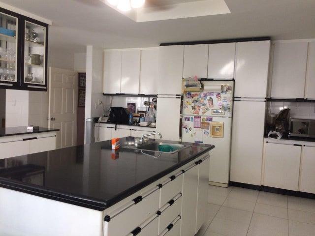 PANAMA VIP10, S.A. Apartamento en Venta en Paitilla en Panama Código: 18-887 No.7
