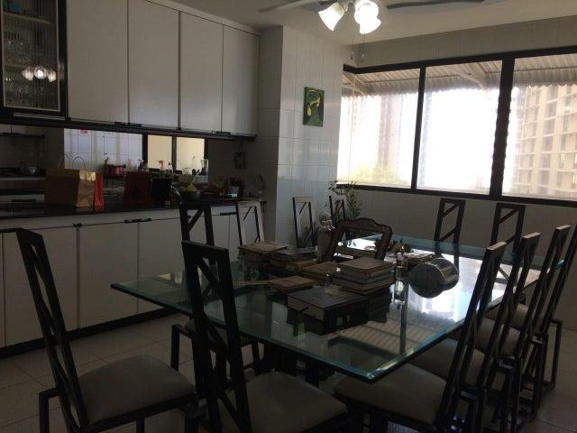 PANAMA VIP10, S.A. Apartamento en Venta en Paitilla en Panama Código: 18-887 No.8
