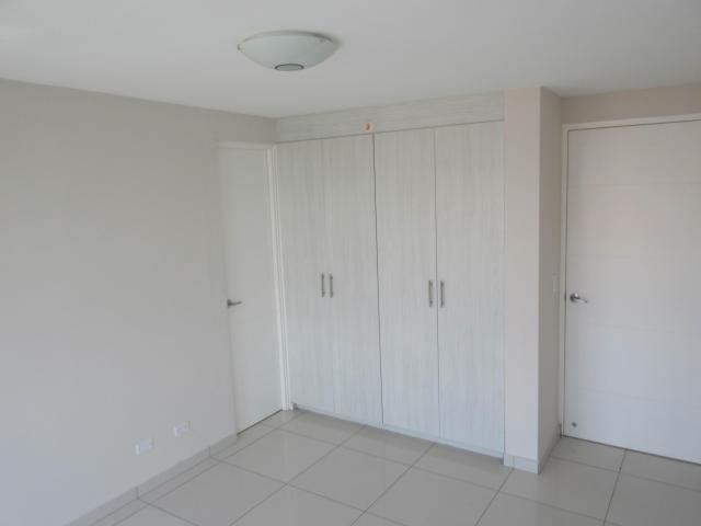 PANAMA VIP10, S.A. Apartamento en Venta en Bellavista en Panama Código: 18-892 No.5