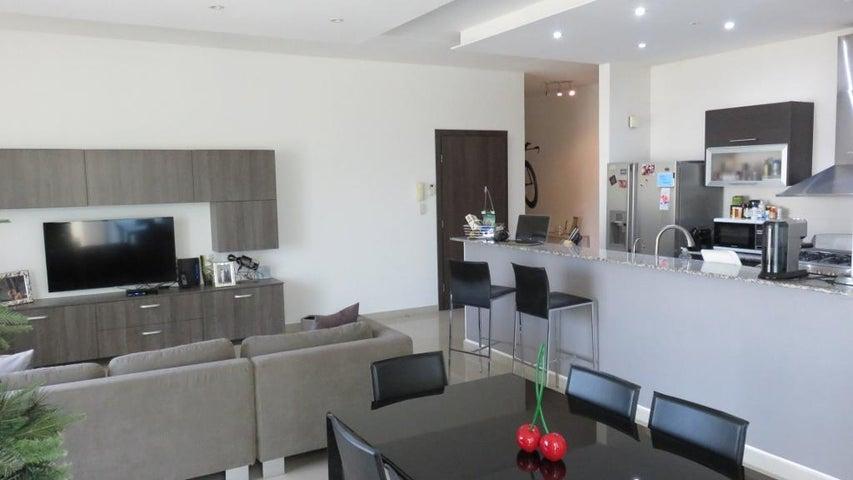 PANAMA VIP10, S.A. Apartamento en Venta en San Francisco en Panama Código: 18-913 No.2