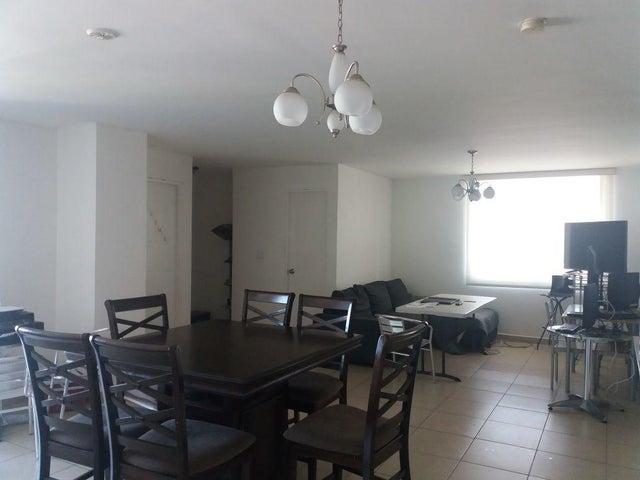 PANAMA VIP10, S.A. Apartamento en Venta en El Cangrejo en Panama Código: 18-921 No.6