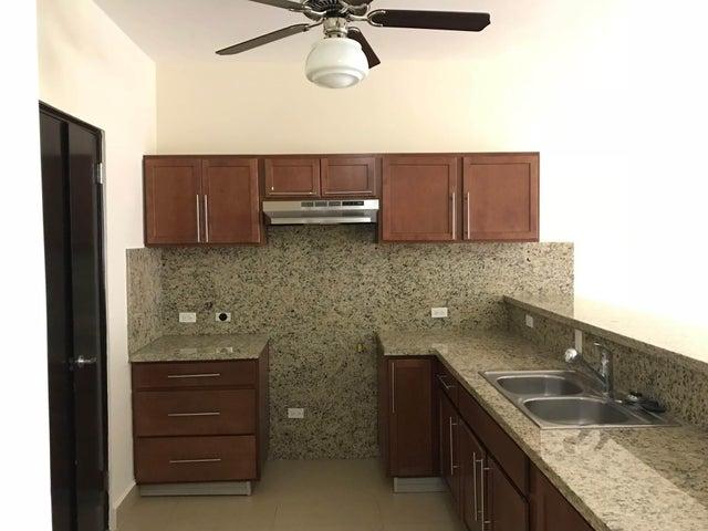 PANAMA VIP10, S.A. Apartamento en Venta en Albrook en Panama Código: 18-948 No.5