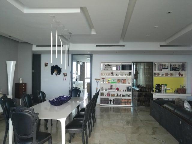 PANAMA VIP10, S.A. Apartamento en Venta en Punta Pacifica en Panama Código: 18-949 No.9