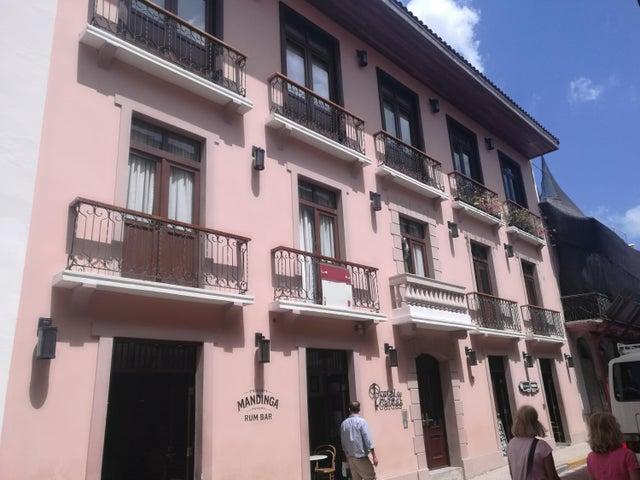 Apartamento en Alquiler en Casco Antiguo