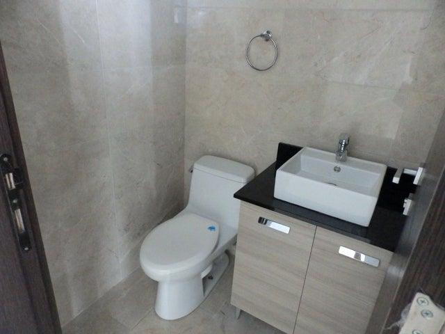 PANAMA VIP10, S.A. Apartamento en Venta en Punta Pacifica en Panama Código: 18-979 No.4
