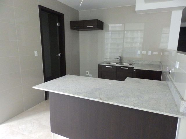 PANAMA VIP10, S.A. Apartamento en Venta en Punta Pacifica en Panama Código: 18-979 No.5