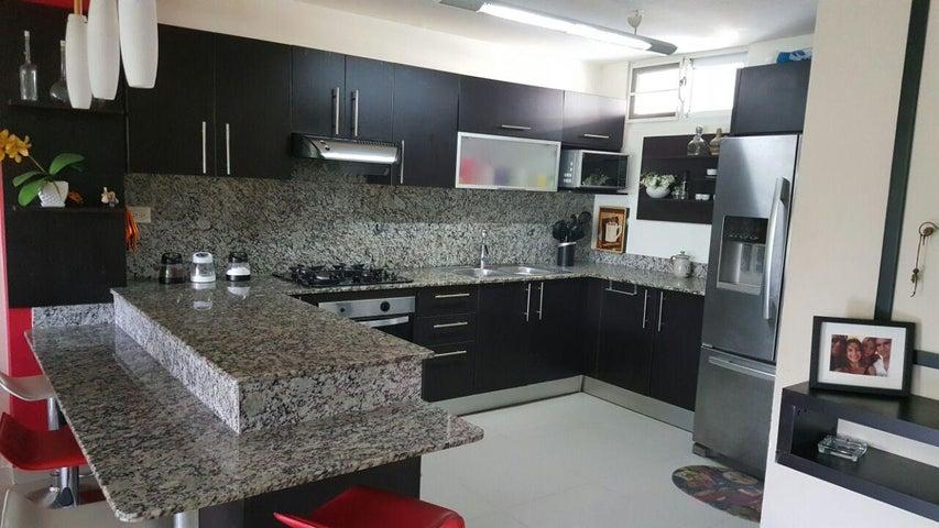 PANAMA VIP10, S.A. Apartamento en Alquiler en Altos de Panama en Panama Código: 18-981 No.5