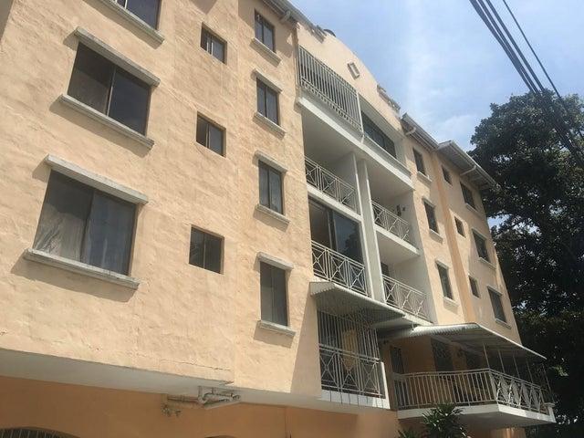 Apartamento en Venta en Pueblo Nuevo