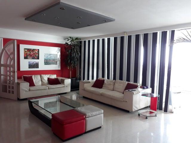 PANAMA VIP10, S.A. Apartamento en Venta en Paitilla en Panama Código: 18-1184 No.5