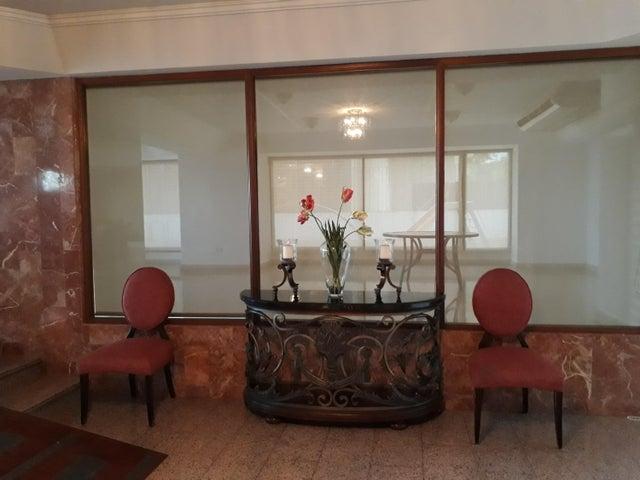 PANAMA VIP10, S.A. Apartamento en Venta en Paitilla en Panama Código: 18-1184 No.2
