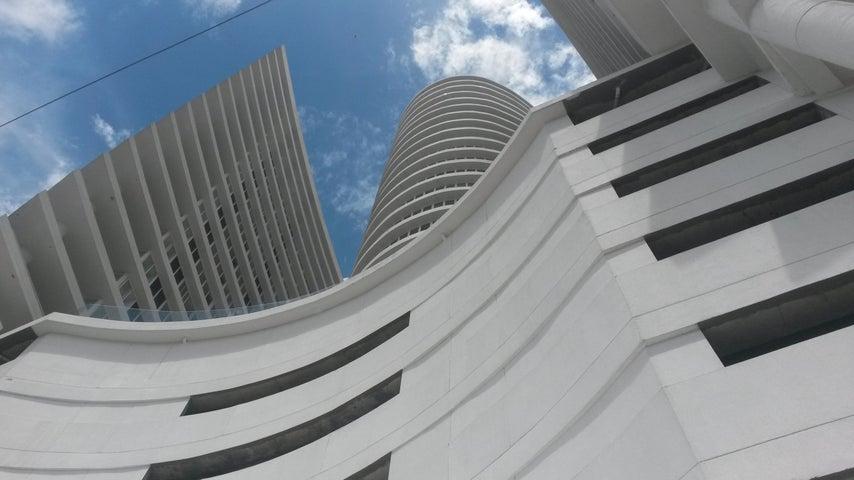Apartamento / Venta / Panama / Calidonia / FLEXMLS-18-1194