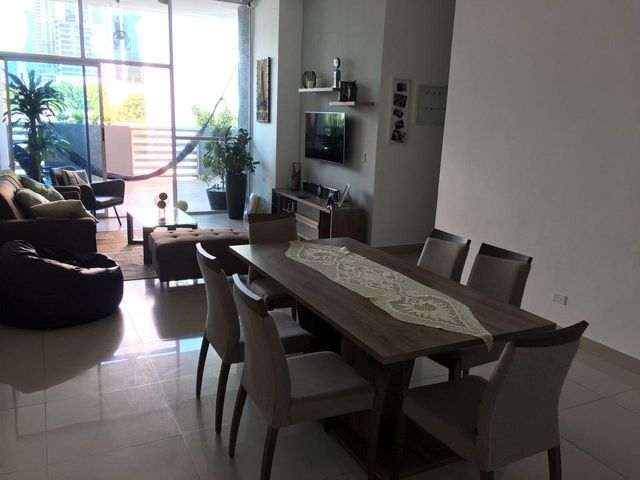 PANAMA VIP10, S.A. Apartamento en Venta en Obarrio en Panama Código: 17-5028 No.3