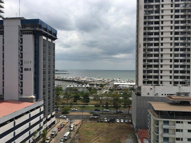 Apartamento / Alquiler / Panama / Avenida Balboa / FLEXMLS-18-1651