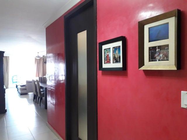 PANAMA VIP10, S.A. Apartamento en Venta en Dos Mares en Panama Código: 18-1992 No.7