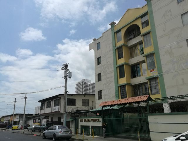 Apartamento En Venta En Rio Abajo Código FLEX: 18-2137 No.0
