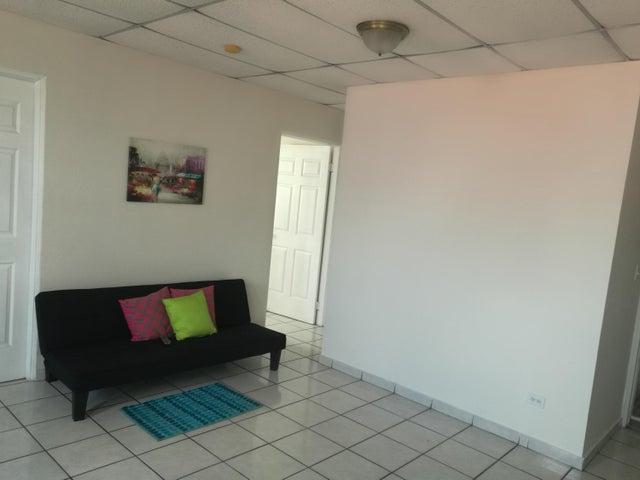 Apartamento En Venta En Rio Abajo Código FLEX: 18-2137 No.1