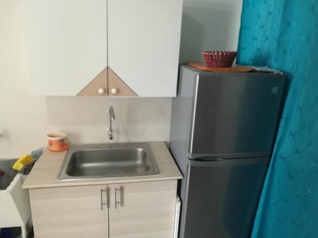 Apartamento En Venta En Rio Abajo Código FLEX: 18-2137 No.4