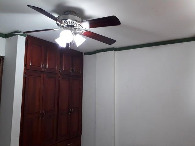 PANAMA VIP10, S.A. Apartamento en Venta en Parque Lefevre en Panama Código: 18-2166 No.1