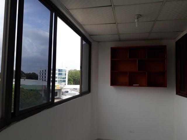 PANAMA VIP10, S.A. Apartamento en Venta en Parque Lefevre en Panama Código: 18-2166 No.4