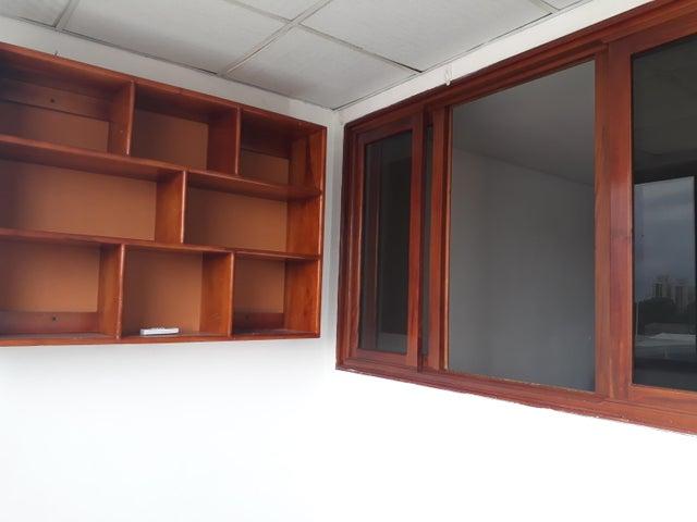 PANAMA VIP10, S.A. Apartamento en Venta en Parque Lefevre en Panama Código: 18-2166 No.5